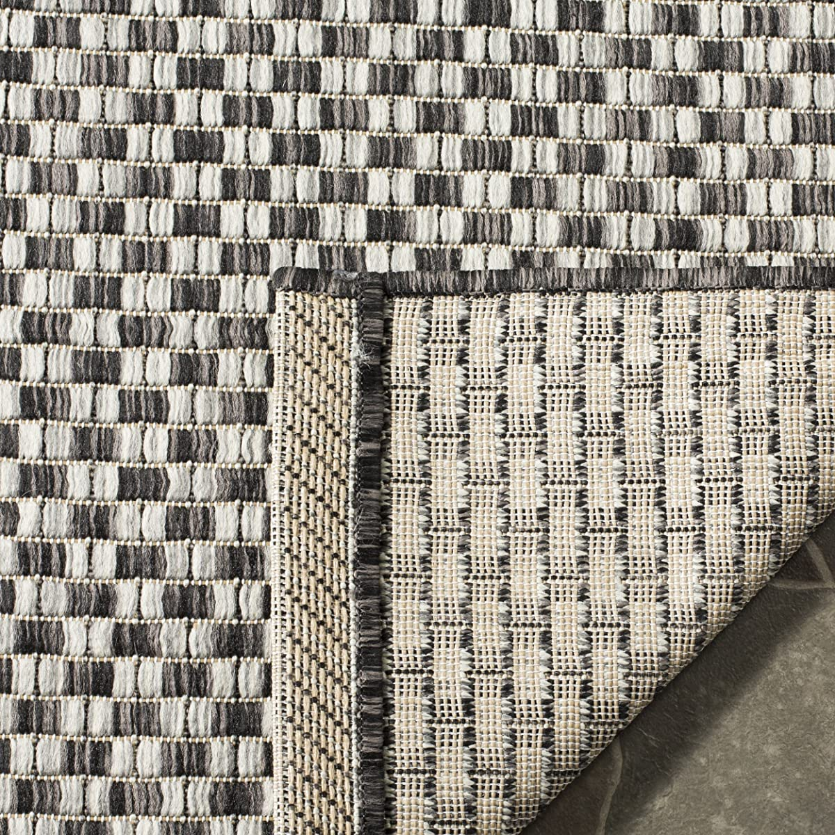 """Safavieh Courtyard Collection CY8653-37621 Black and Light Grey Square Indoor/ Outdoor Area Rug (67"""" Square)"""