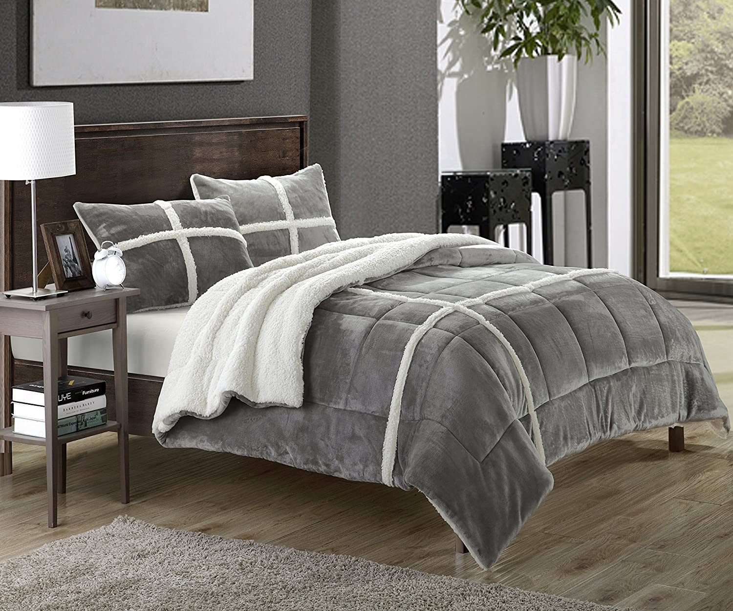 Comforter Silvers: Black And Silver Bedding Sets