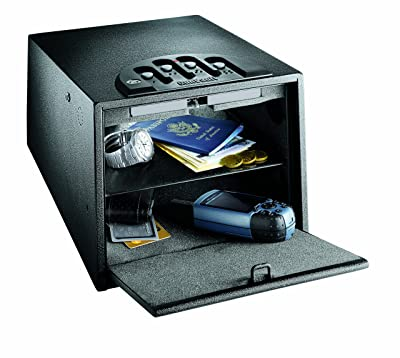 Gunvault-GV2000C-DLX-can-keep-your-gun-and-document-in-safe-area