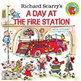 Richard Scarry's A Day at the Fire Station (Pictureback(R)) (Color: Paperback,)