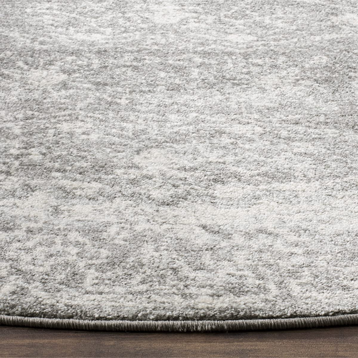 "Safavieh Evoke Collection EVK270S Vintage Grey and Ivory Round Area Rug (51"" Diameter)"