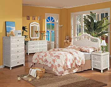 Santa Cruz 4 Piece Wicker Bedroom Group Whitewash