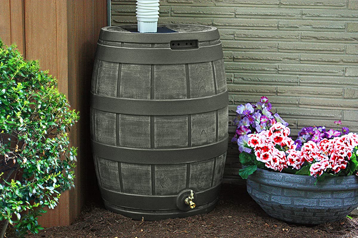 Good Ideas RVT-OAK 50-Gallon Rain Vault, Oak