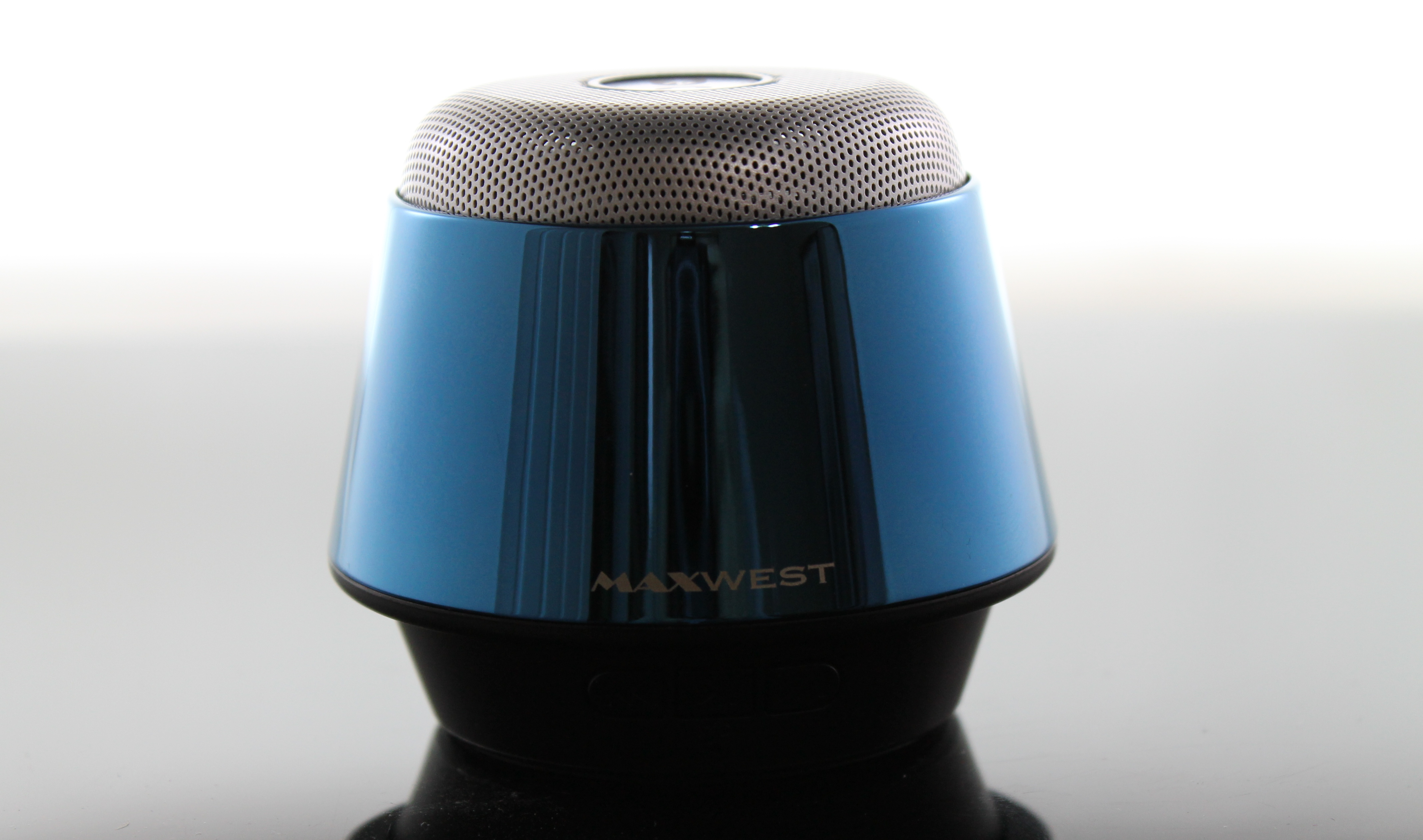 Wireless Handsfree Bluetooth Speaker