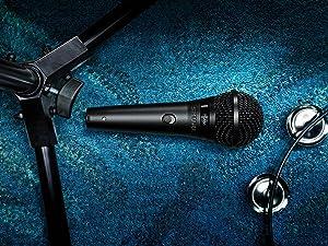Shure PGA58-QTR Cardioid Dynamic Vocal Microphone (Color: Black, Tamaño: 5.00 x 10.00 x 3.50)