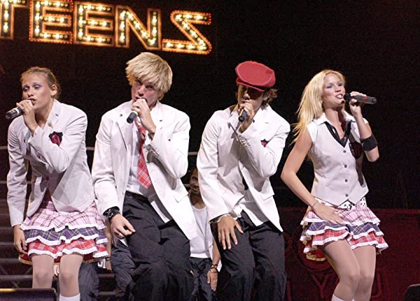 A * Teens Concierto en Kellogg´s USA... Audio Aqui! B1Q6szQYuWS._SL600_