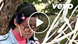Katy Perry - I go for Steve Johnson