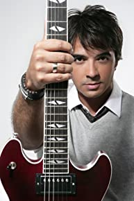 Image of Luis Fonsi
