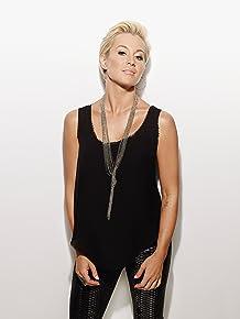 Image of Kellie Pickler