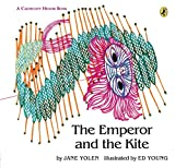 Yolen, Jane: The Emperor and the Kite (Paperstar Book)