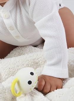赤ちゃんに握りやすい形