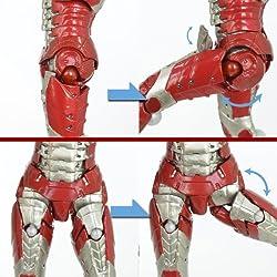 股関節に独自の可動ギミックを搭載!!