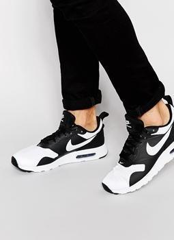 Nike Air Max Tavas Trainers 705149-011 並行輸入品