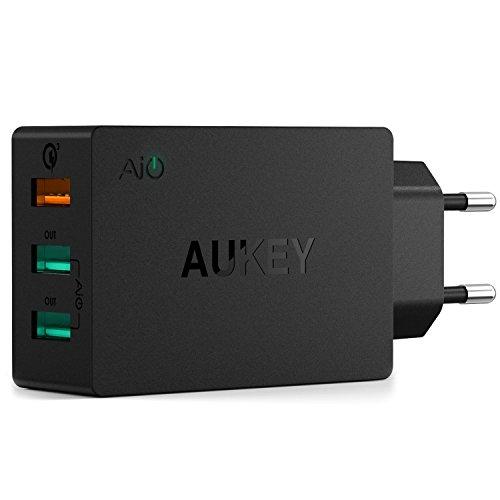 AUKEY Quick Charge 3.0 Estación de Carga con Tecnología AiPower (43,5W en total) 3 Puertos de Carga USB para Galaxy™ S7 Edge Plus, iPhone y mas (Negro) width=