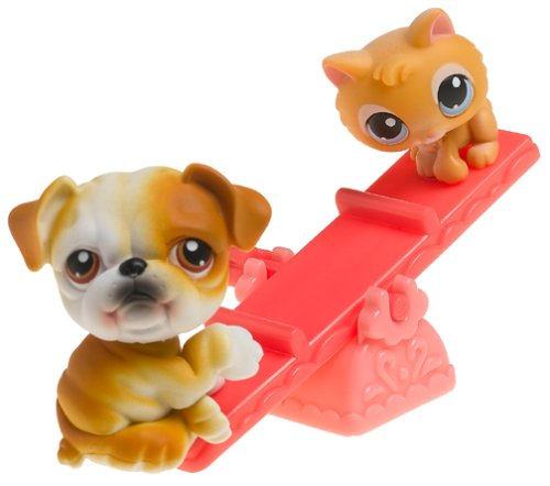 littlest pet shop bulldog littlest pet shop pet pairs bulldog and kitten on see 2436