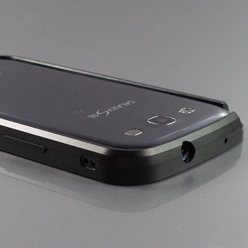 i-Beans【ワンセグアンテナ対応】【全4色】Docomo+Samsung+Galaxy+S+III+SC-06D+高品質アルミバンパーケース+ブラック+ギャラクシーS3用メタルバンパー+Bumper+Case+for+Galaxy+S3+%2F+GT-i9300+(7705-2)