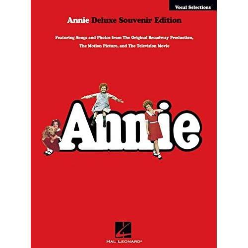 Annie Vocal Selections: Deluxe Souvenir Edition Strouse