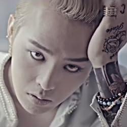 BIGBANG ビッグバン ブレスレット G-Dragon Style ブラックオニキス ドクロ スカル 韓流スター ブラック 【収納ポーチ付】