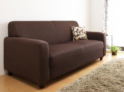 ソファーのデザインをおしゃれに変えるソファーカバーという存在。季節ごとにデザインを変えよう 6番目の画像