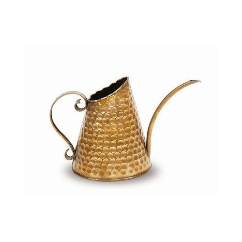 dainty copper watering can