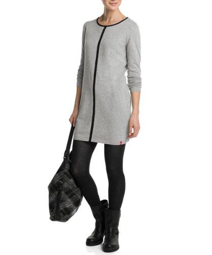 Modepol: Strickkleid in Grau kombinieren