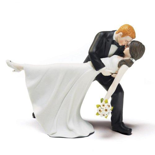 A Romantic Dip Dancing Bride and Groom