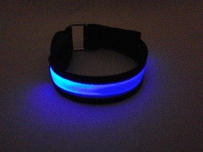 LED アームバンド 5色 ウォーキングや犬の散歩の時の身の安全のために (ブルー)