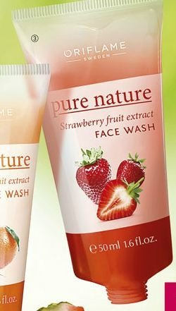Pure Nature Strawberry Fruit Extract Face Wash 50ml