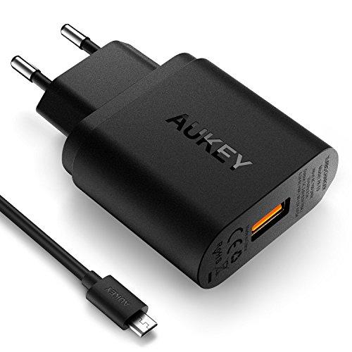 AUKEY Quick Charge 3.0 Cargador de Red 18W [Qualcomm Certificado] para Galaxy™ S6 Edge Plus, Note 5, Note 4, Nexus™ 6, Samsung® con Cable Micro USB (Negro) width=