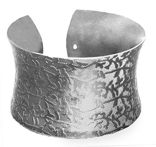 DollsofIndia White Carved Metal Cuff Bracelet - Metal - White - B00VNWQVL6