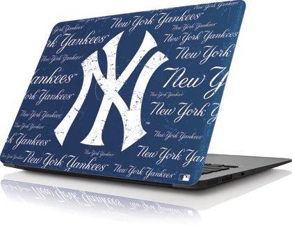 MLB - New York Yankees - New York Yankees - Cap Logo Blast - Apple MacBook Air 13 (2010-2013) - Skinit Skin