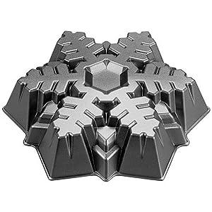 Wilton Cast Large Snowflake Pan