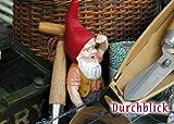 Punktgenau- Postkarte 121 Durchblick Gartenzwerg in Gartenwerkzeug