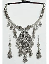 DollsofIndia Metal Necklace With Diamond Shaped Pendant And Earrings - White Metal - White