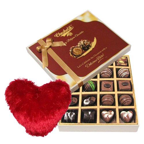 Perfect Delight Of Dark And Milk Chocolate Box With Heart Pillow - Chocholik Belgium Chocolates