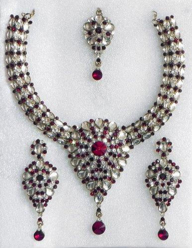 Kundan Necklace Set With Mang Tika - Stone And Metal