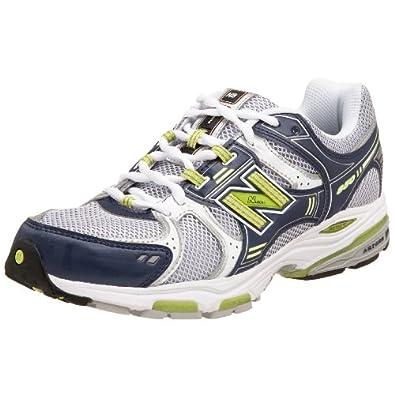 New Balance MR850 (2E) Running Shoes - 8.5 | Amazon.com