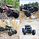 Four-wheel drive off-road vehicles 2.4GHZ full-duplex remote operation Bigfoot Rock Climbing remote control toy car, color random