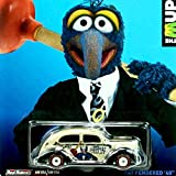 Gonzo / Fat Fendered '40 * Disney / The Muppets * 2014 Hot Wheels Pop Culture Series 1:64 Scale Die-Cast Vehicle (BDR65)