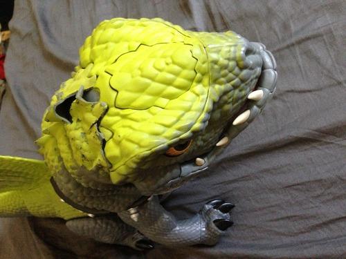 Amazon.com: Cruncher Prehistoric Pets Interactive Dinosaur