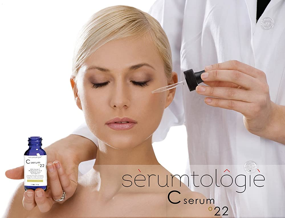 Vitamin C Serum 22 by Serumtologie Anti-Aging Moisturizer Review