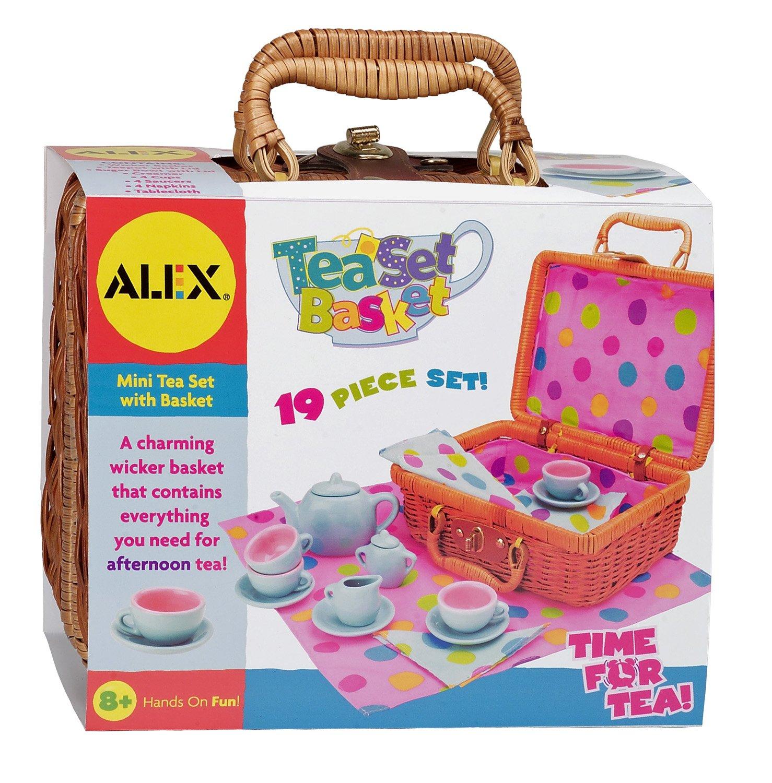 Pretend & Play Tea Set Basket